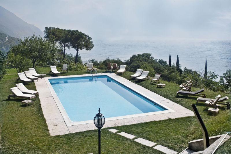 hotel villa sostaga boutique hotel navazzo di. Black Bedroom Furniture Sets. Home Design Ideas