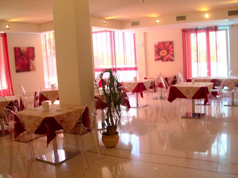Hotel *** Villa Gloria Nago Torbole