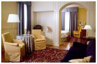 Hotel **** Regina Adelaide Garda