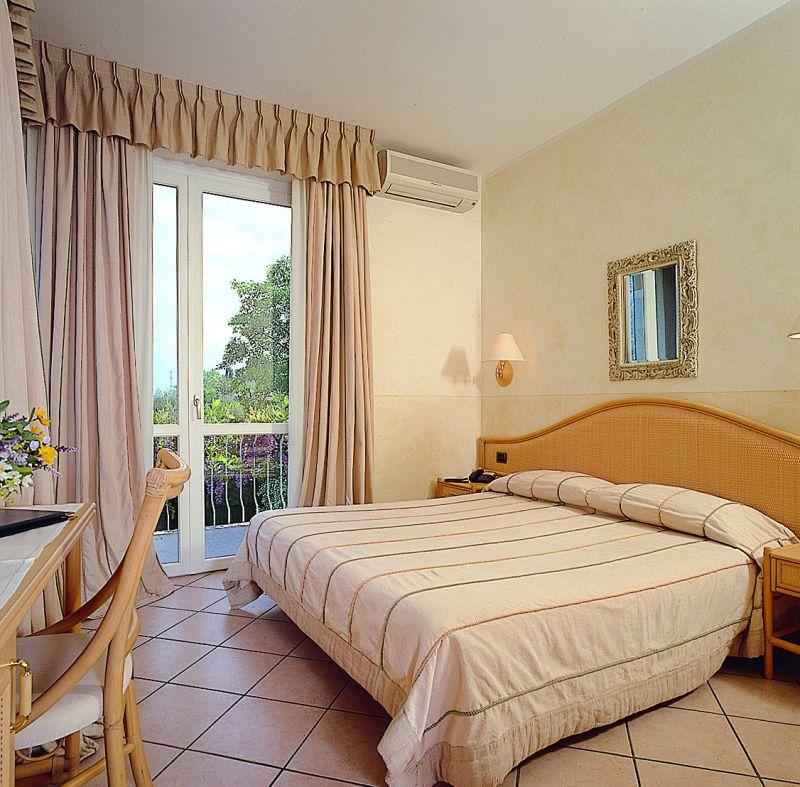 Hôtel *** Garden Zorzi San Felice del Benaco