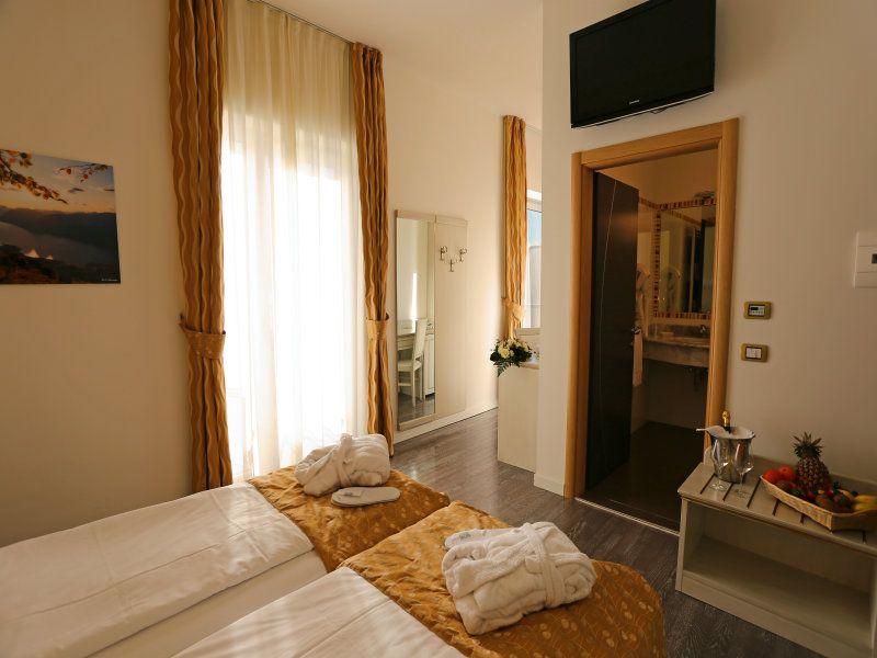 Hotel **** Lido Blu Nago Torbole