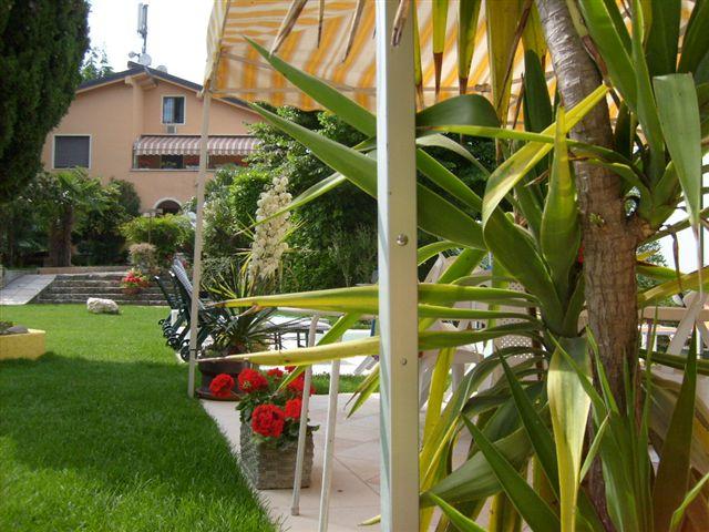bed breakfast la fattoria piovezzano di pastrengo vr italien. Black Bedroom Furniture Sets. Home Design Ideas